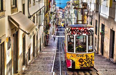 lisbona-calosirte-tram-portogallo